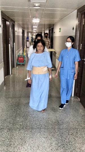 74 yrs lady walking 24 hrs after Lumbar Fusion Surgery|Dr.Kiran Kumar Lingutla|Ameerpet,Hyderabad