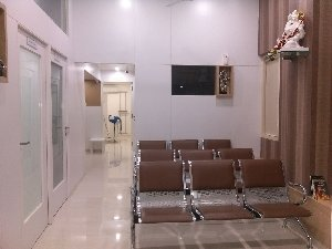 Waiting Area|Chhajed Clinic|gultekdi,Pune
