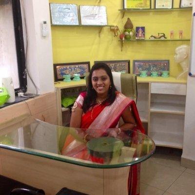 Dr. Madhura kad Jadhav|Orthodontics|Erandwane, Pune