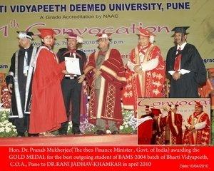 Dr Rani Khamkar Gold Medal| Ayur DiabaPro Diabetes Clinic|Thergaon,Pune