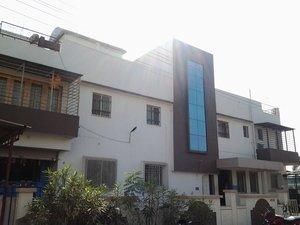 Varad Hospital and ICU Madhav Nagar Road,Sangli