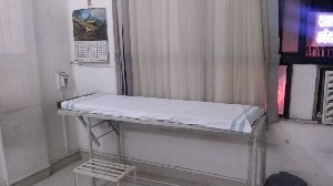Patient Examination Omkar Clinic Nigdi,Pune
